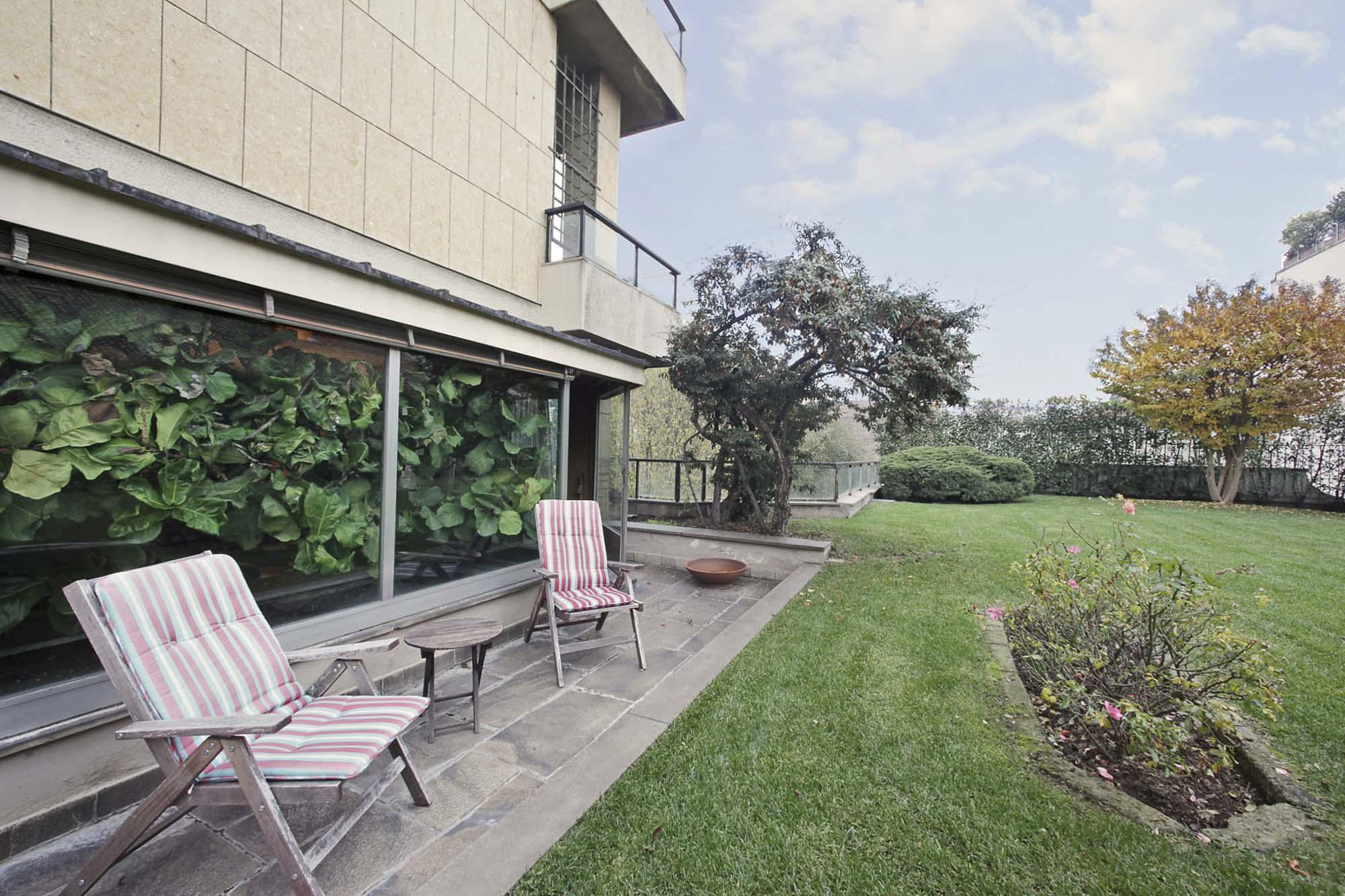 Immobili di lusso milano moro real estate property - Immobili di lusso definizione ...